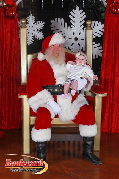 Santa 12-17-16-570.jpg
