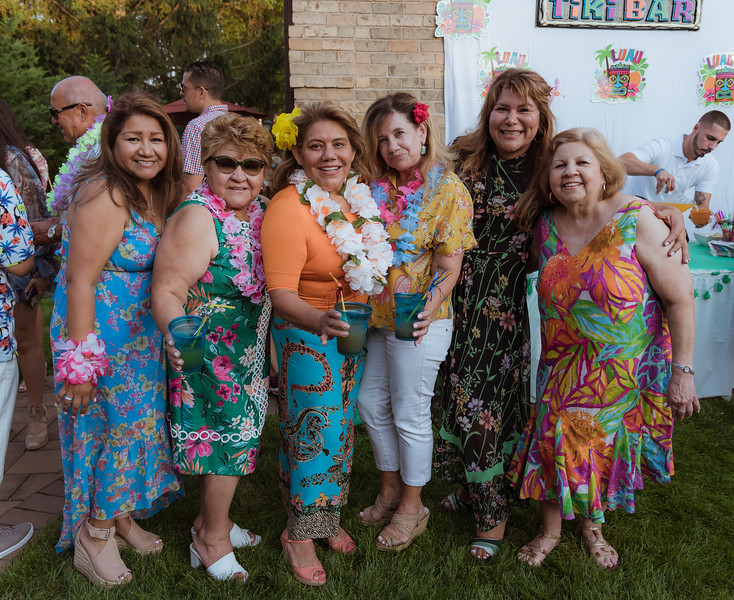 Aloha Birthday Party Cesar LumoBox-85.jpg