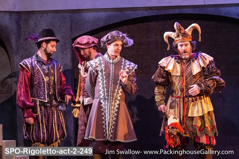 SPO-Rigoletto-act-2-249.jpg