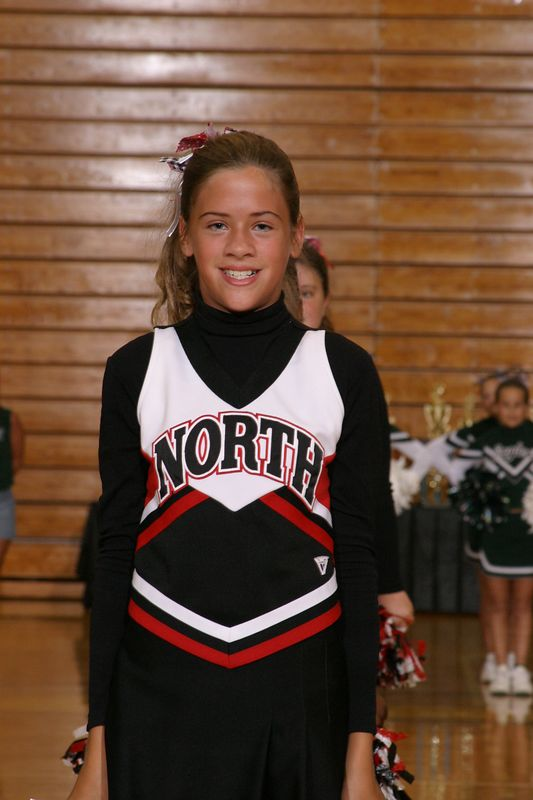 North Gwinnett East (Cheer-off 6th grade 10-3-04)