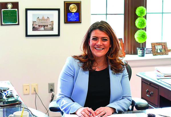 Mayor Erin Stewart