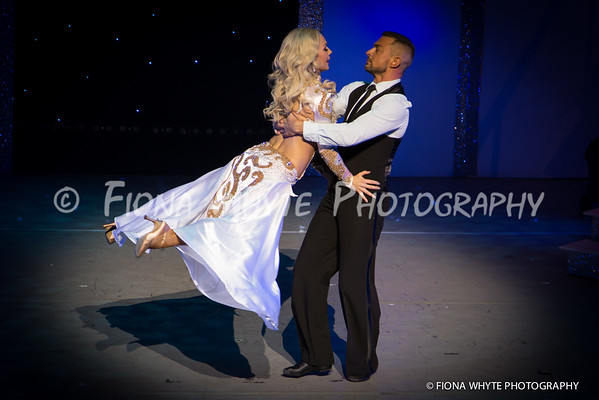 Robin Windsor and Kristina Rihanoff