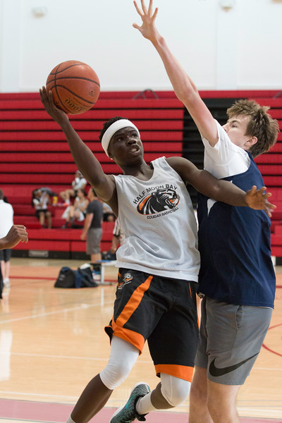 HMBHS Summer 2018 Basketball-3418.jpg