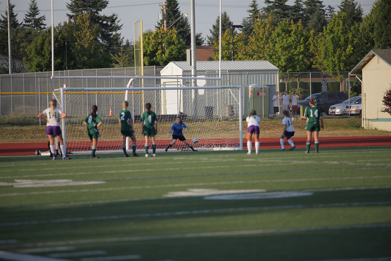 Woodinville High School Varsity verse Edmonds Woodway High September 10, 2011   ©Neir
