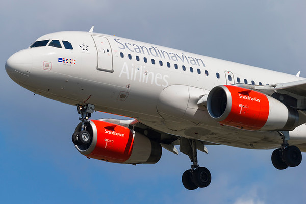 OY-KBP - Airbus A319-132