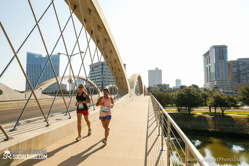 Fort Worth-Social Running_917-0213.jpg