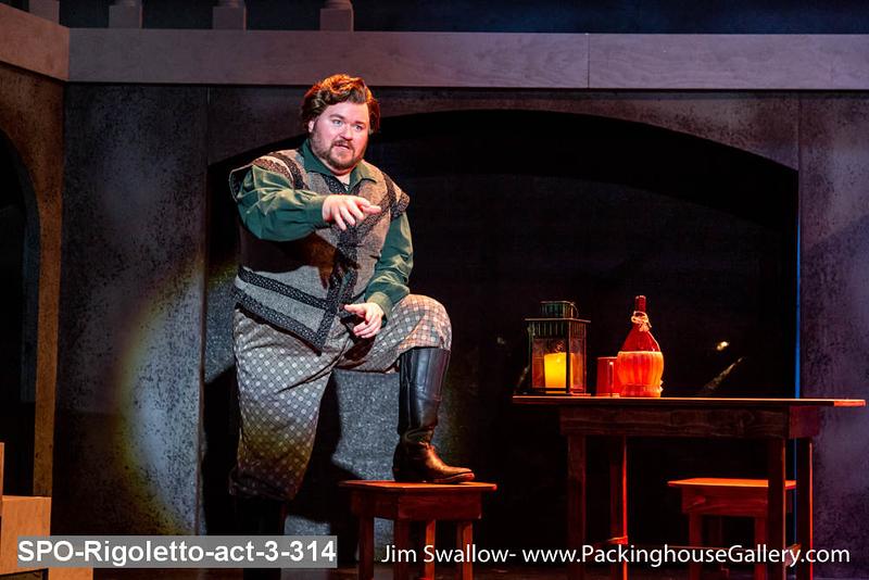 SPO-Rigoletto-act-3-314.jpg