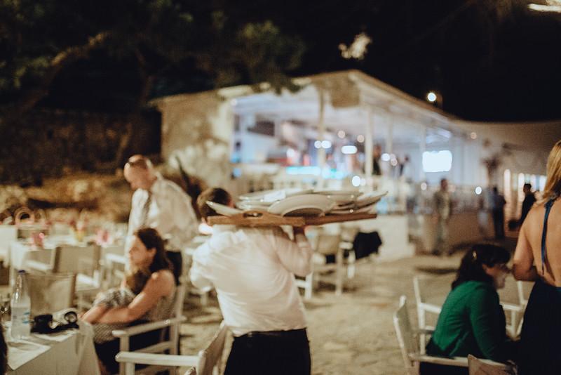 Tu-Nguyen-Wedding-Photography-Hochzeitsfotograf-Destination-Hydra-Island-Beach-Greece-Wedding-147.jpg