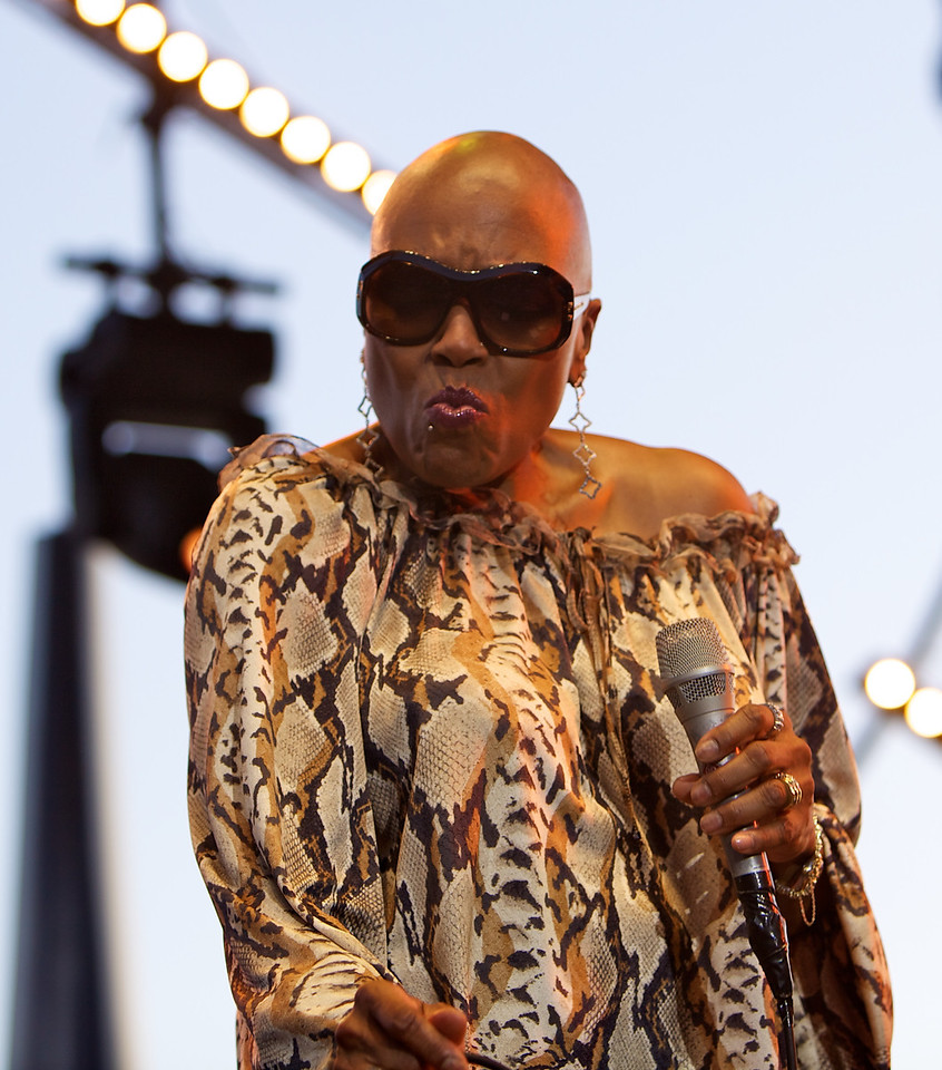 Dee Dee Bridgewater at Jazz à Juan 2010 10<br /> Dee Dee Brigewater in concert at Jazz à Juan 2010