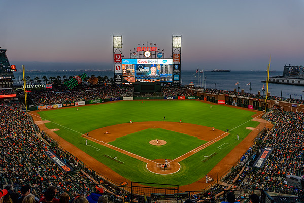 Oracle Park - MLB