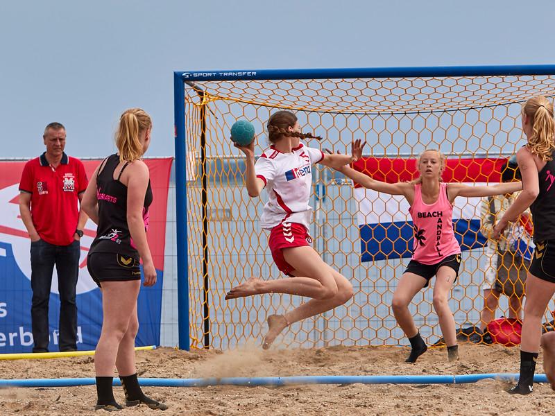 Molecaten NK Beach Handball 2015 dag 2 img 696.jpg