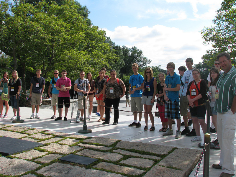 Minny Youth Tour at JFK's eternal flame