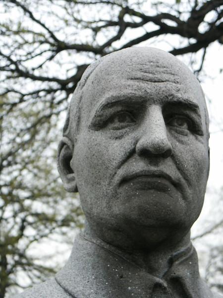 Pastor Gotthilf Lambrecht (closeup)