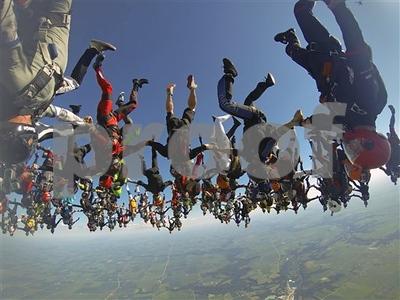 164-skydivers-smash-headdown-world-record-in-illinois
