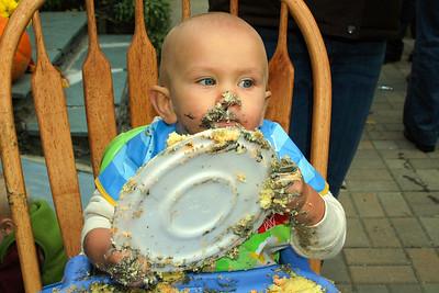 First Birthday Party. Owen Vieira 10.15.06