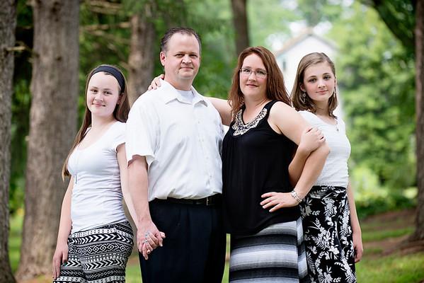 Williamsport Family Photographer : 7/12/15 Jim, Lori, Katie, and Sarah