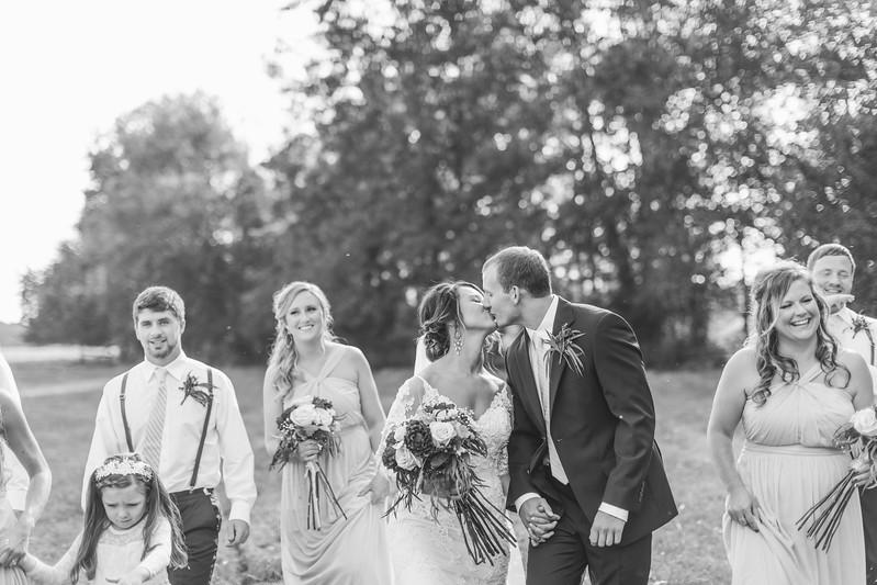 196_Aaron+Haden_WeddingBW.jpg