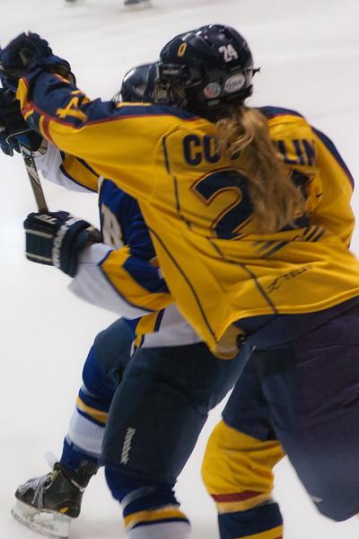20130310 QWHockeyvsUBC 196.jpg
