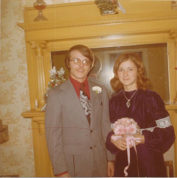 Bruce Brindle & Jeanette 1974.jpg