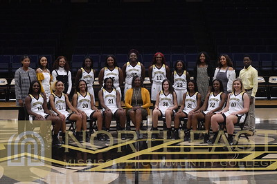 2019-11-04 WBB Women's Team Photo - White Uniforms