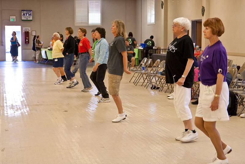5972 dancers med.jpg