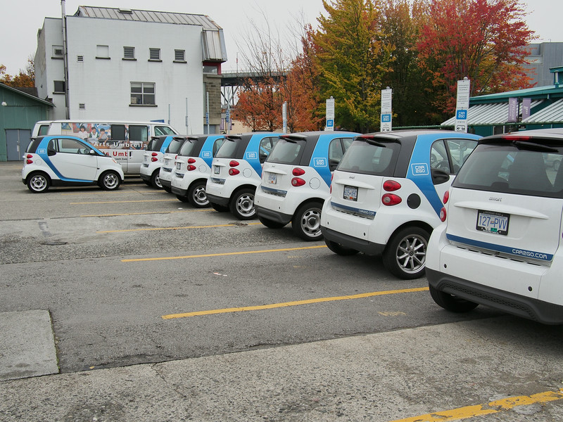 Oct. 19/13 - Lots of Car2Go on Granville!