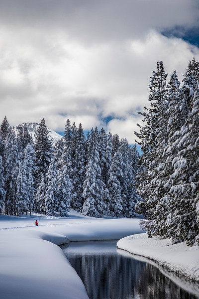 Women Snowshoeing Donner Lake