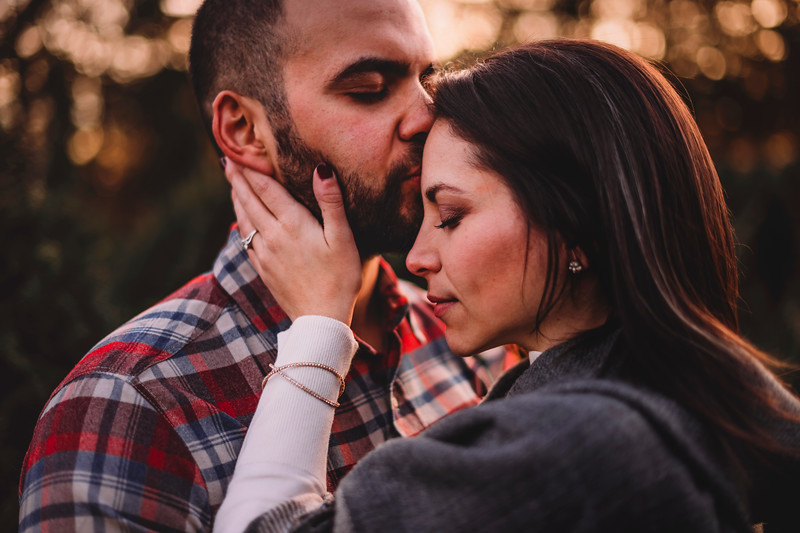 Best Montreal Wedding Photographer | Engagement Photography Montreal | Lindsay Muciy Photography