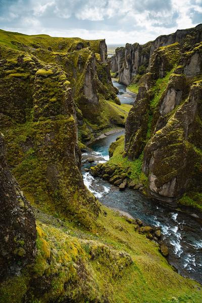 Fjaðrárgljúfur, Mossy Icelandic Canyon