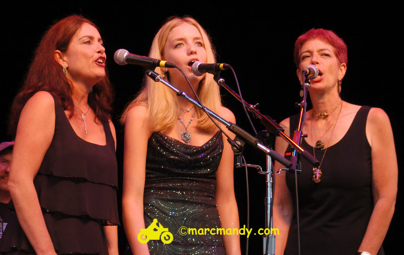 Phila Folk Fest- Sun 8-28 721 Angel.JPG