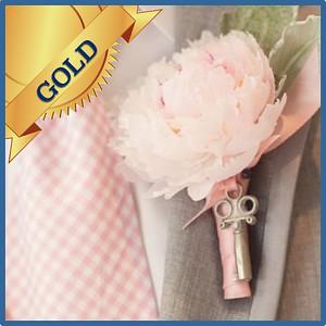 92304 Buttonhole Gold