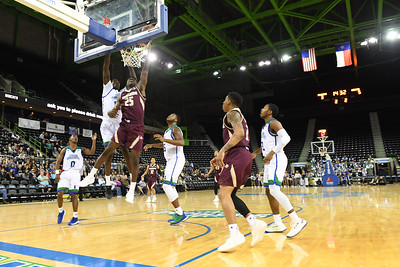 120518 Islanders Men's Basketball vs Texas State Bobcats
