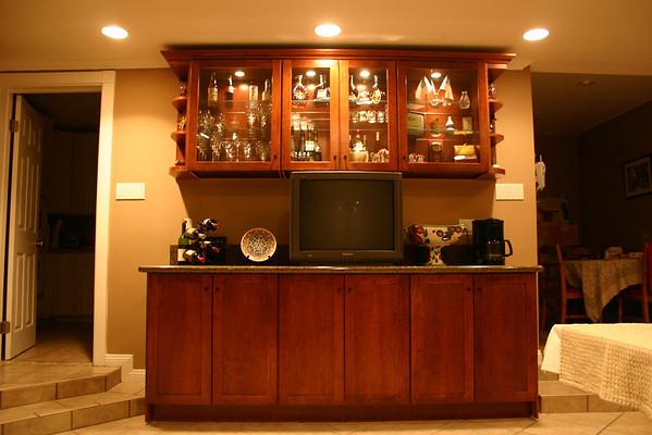 200409 Dinner Room Cabinet