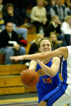 Women's Basketball - Queen's at Toronto 20021122