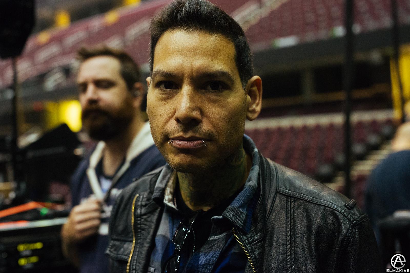 Mike Herrera at the 2015 APMAs by Adam Elmakias