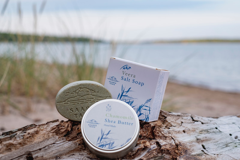 Saaren Taika teepuusaippua tea tree soap Veera suolasaippua salt soap (18 of 33).jpg