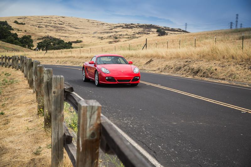 Porsche_CaymanS_Red_8CYA752-3127.jpg