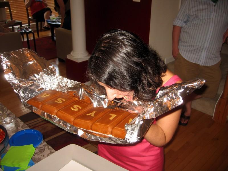 Alyssa begins to enjoy her cake