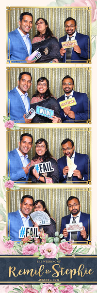 Alsolutely Fabulous Photo Booth 021155.jpg