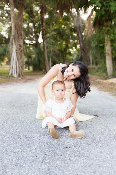 Motherhood Session-133.jpg