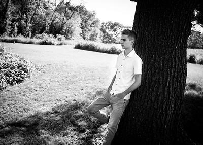 Elliot H Senior Pics 6/2020