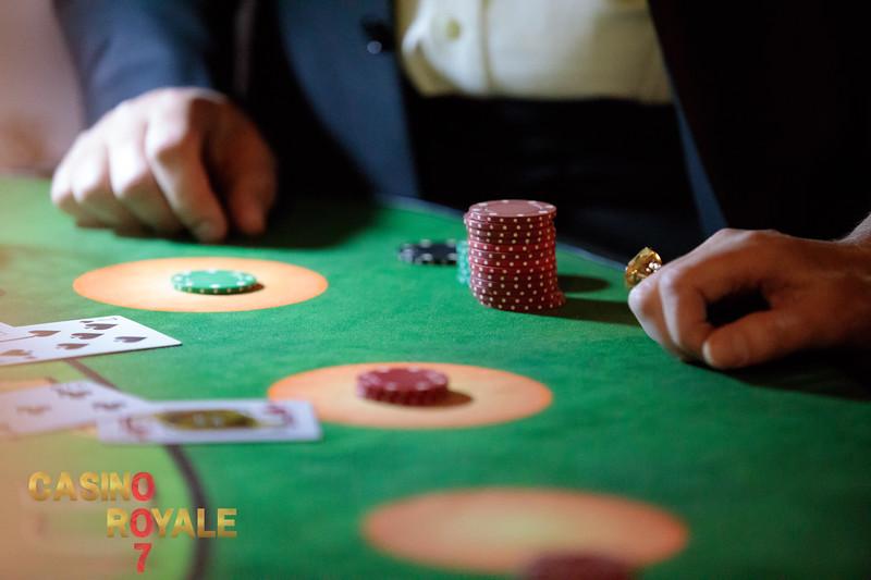 Casino Royale_202.jpg