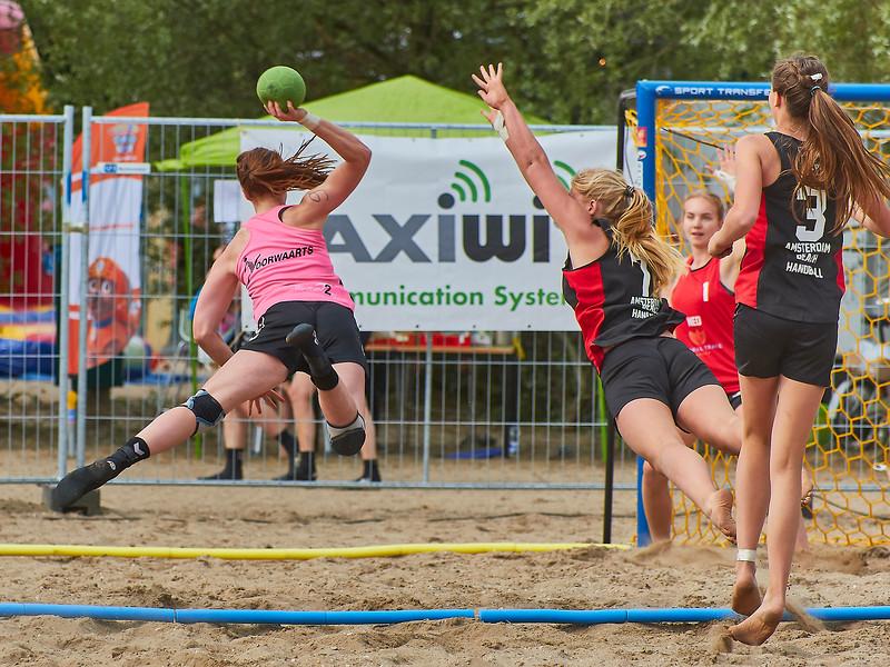 Molecaten NK Beach Handball 2017 dag 1 img 347.jpg