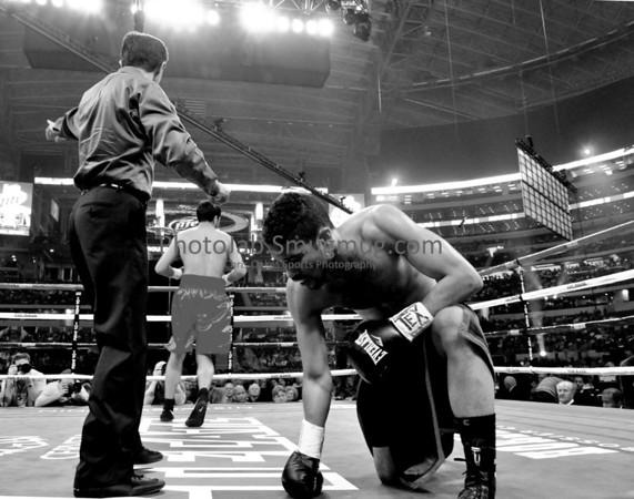 Calvin Pitts vs Rodrigo Garcia March 13, 2010, Cowboys Stadium, Arlington, Texas