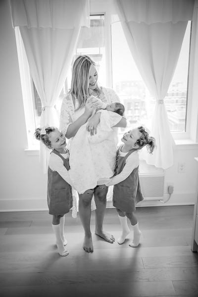 bw_newport_babies_photography_hoboken_at_home_newborn_shoot-5382.jpg