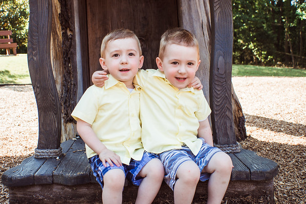 {Family Session} ~ Churchill (The twins are 3!)