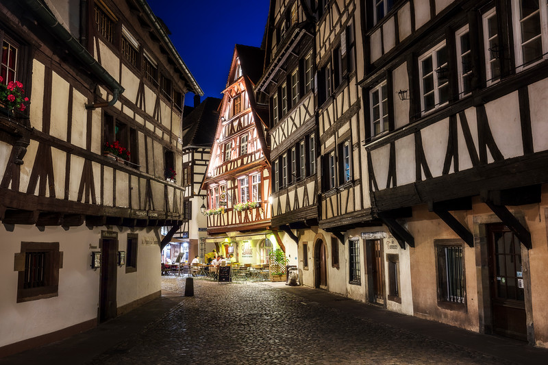 Strasbourg Petite France alsace old cozy town night evening-1.jpg