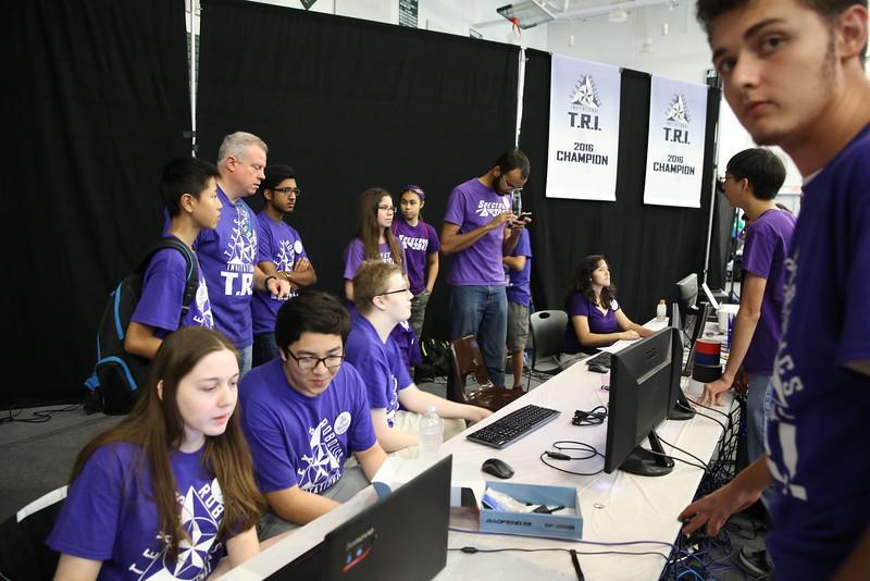 Volunteers audiovisual LH5D7244.JPG