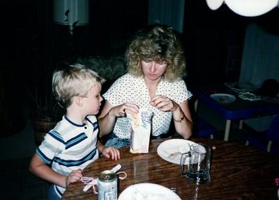 1989_Winter_Kids_in_Orlando_