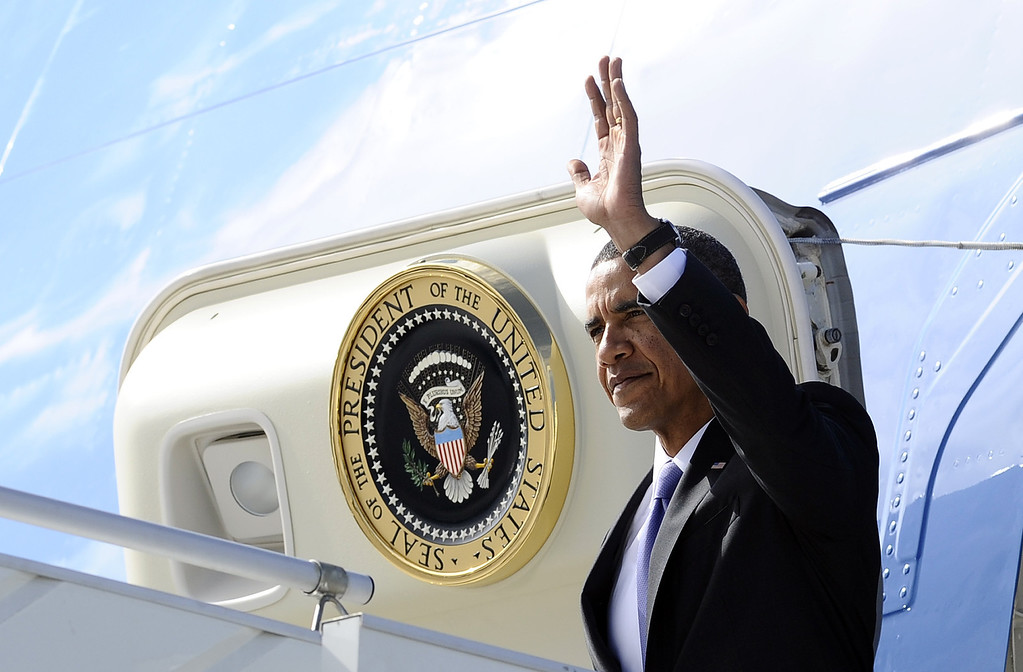 . US President Barack Obama disembarks from Air Force One as he arrives in Saint Petersburg on September 5, 2013 to attend G20 summit. AFP Photo/Jewel SAMAD/AFP/Getty Images
